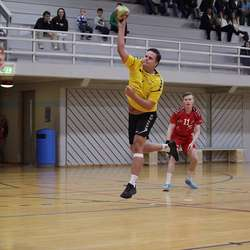 Trenar Alexander Heggø auka til 2-0.  (Foto: KVB)