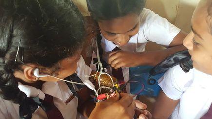 Girls in Sri Lanka using micro:bit