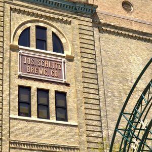 Schlitz Brewing Co._KJA9533