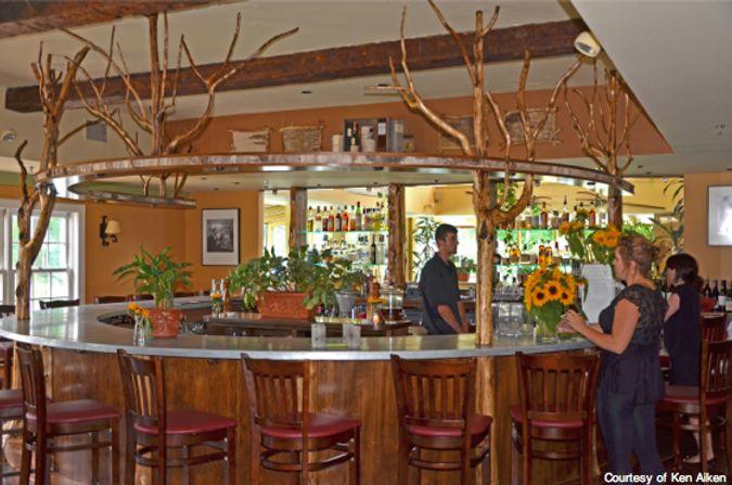 KJA_CROP_dining room bar