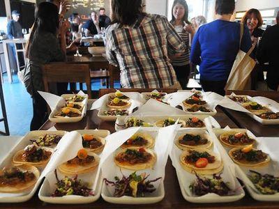 Six Taste food tour