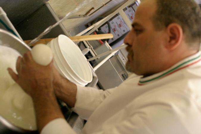 Making mozzarella with Cosimo