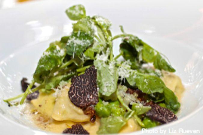 Chef's Club at the St. Regis: English Pea Agnolotti