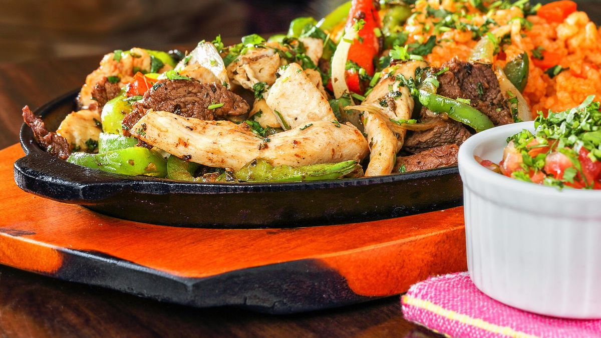 Mexican Cuisine Beef and Chicken Fajitas