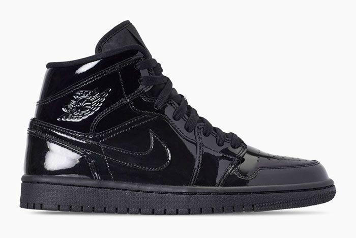 Air Jordan 1 Womens Triple Black Release