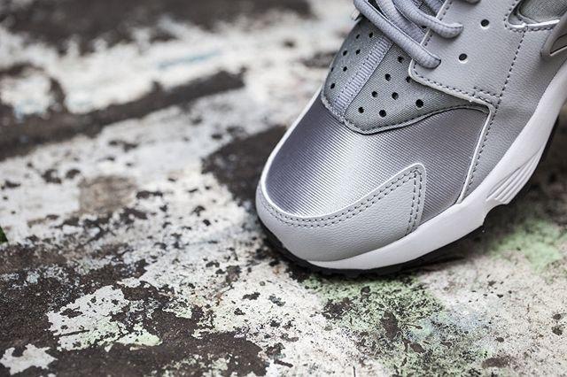 Nike Huarache Wmns Wolf Grey White 2