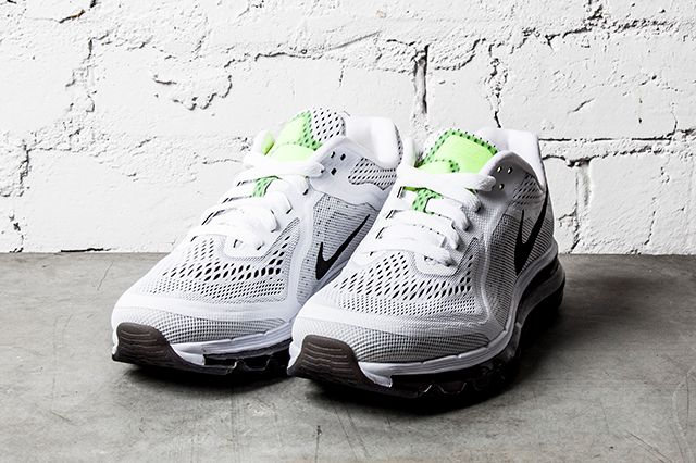 Nike Air Max 2014 Black White 1