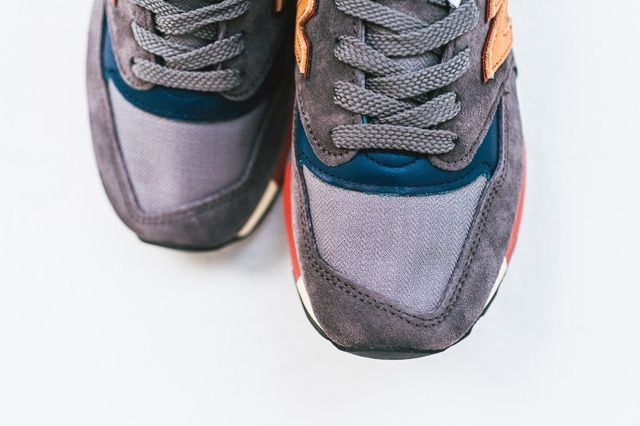 New Balance 997 Distinct Mid Century Modern Bump 1