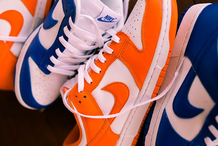 Nike Dunk Low Kentucky Syracuse Up Close Hero Shot Laced Sneaker Freaker3