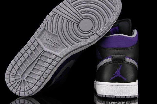 Nike Air Jordan Heel 1
