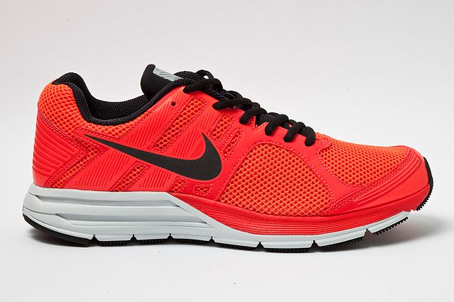 Nike Structure16 Shield Bright Crimson Profile 1
