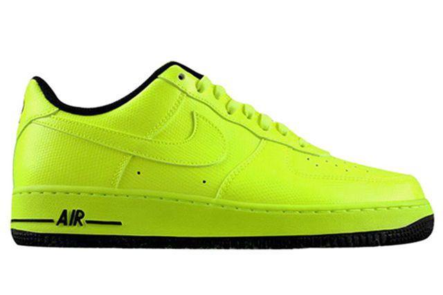Nike Air Force 1 Volt