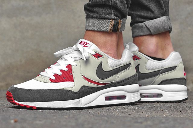 Nike Air Max Light Gym Red1