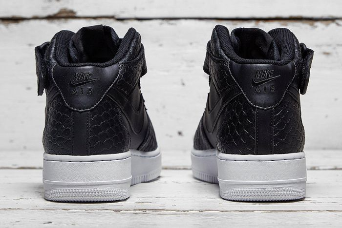 Nike Air Force 1 Mid Black Python 2