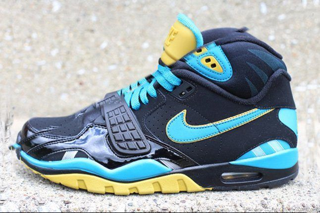 Nike Air Trainer Sc Ii High Jaguars Profile 1