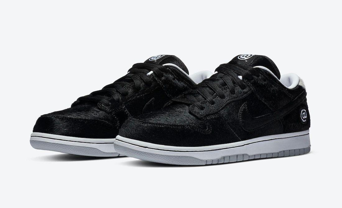 Medicom Nike SB Dunk Low Bearbrick Angled