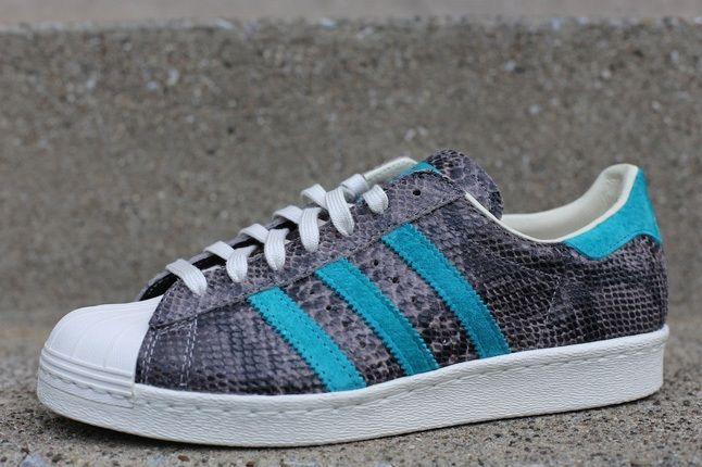 Adidas Superstar 80S Grey Turquoise Toe Quarter 1
