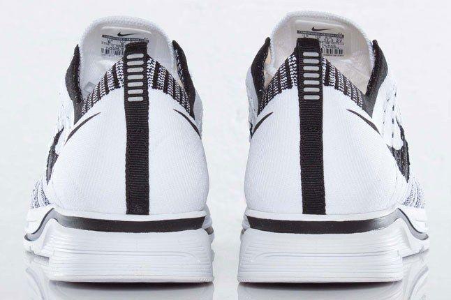 Nike Flyknit Sneaker 1