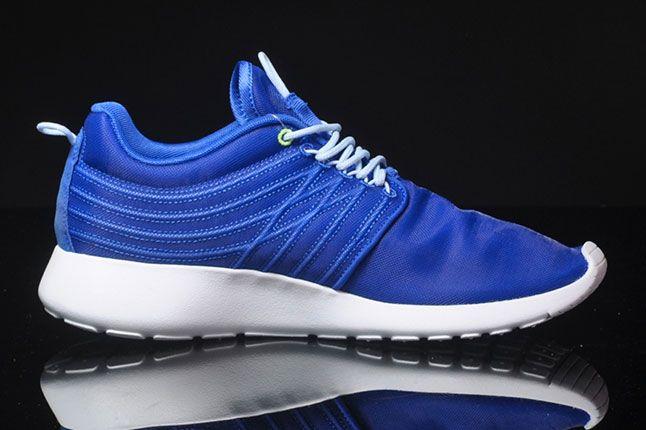 Nike Roshe Run Dynamic Flywire Hyper Blue Lateral Side 1