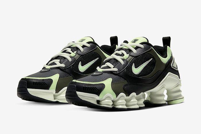 Nike Shox Nova At8046 001 Front Angle