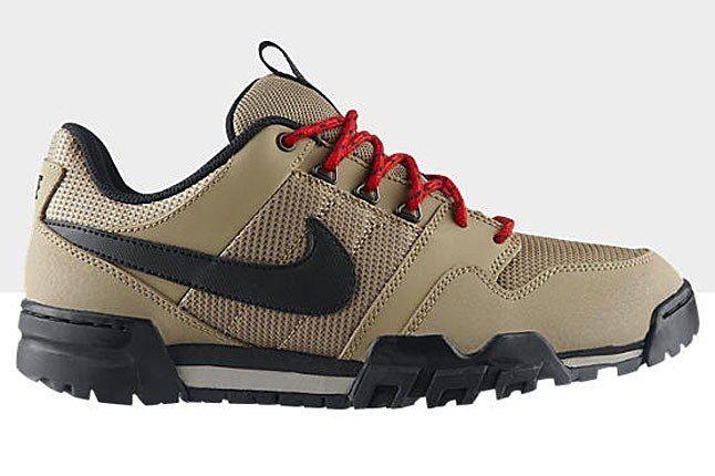 Nike Mogan 2 Oms Beige 1