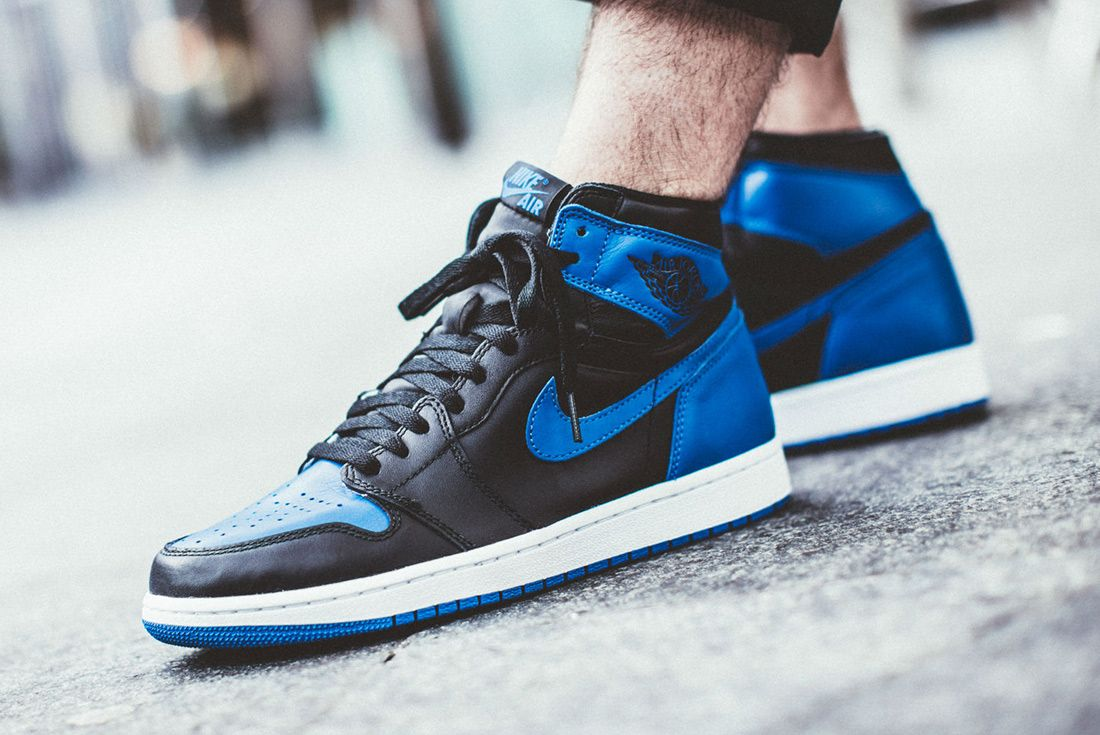 Air Jordan 1 Royal 4