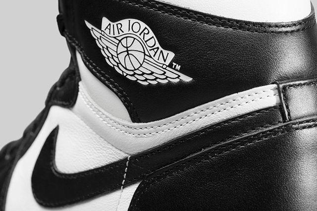 Air Jordan 1 Black White Bump 3