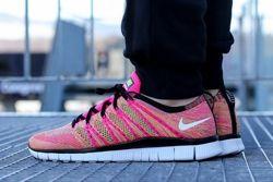 Nike Free Flyknit Nsw Pink Flash Thumb