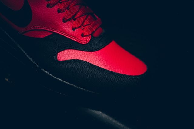 Nike Am1 Ltr Gym Red Politics Bumper 2