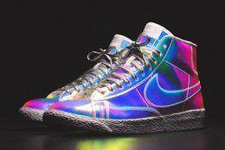 Nike Wmns Blazer Mid Irisdescent Bump Thumb