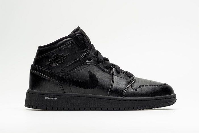 Air Jordan 1 Mid Deep Black Right