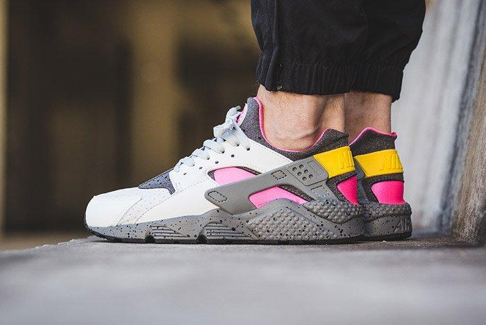 Nike Air Huarache Run Se Pure Platinum Pink Blast 3