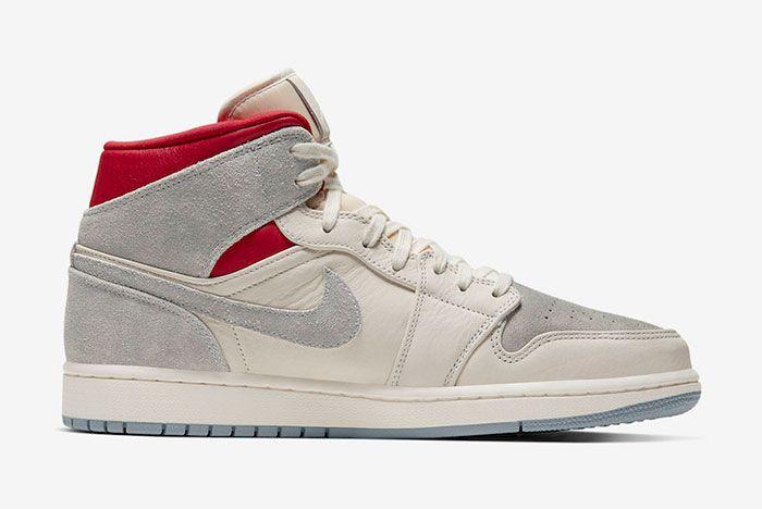 Sneakersnstuff Air Jordan 1 Mid Right