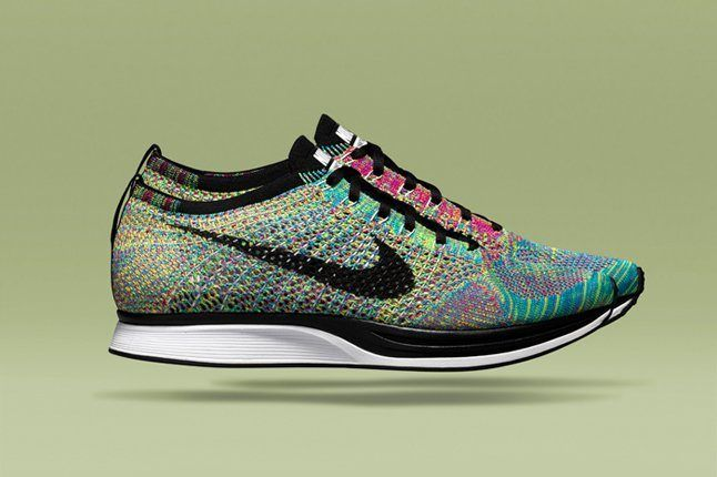Falsificación apagado En honor  Nike Flyknit Racer (Multicolor) - Sneaker Freaker