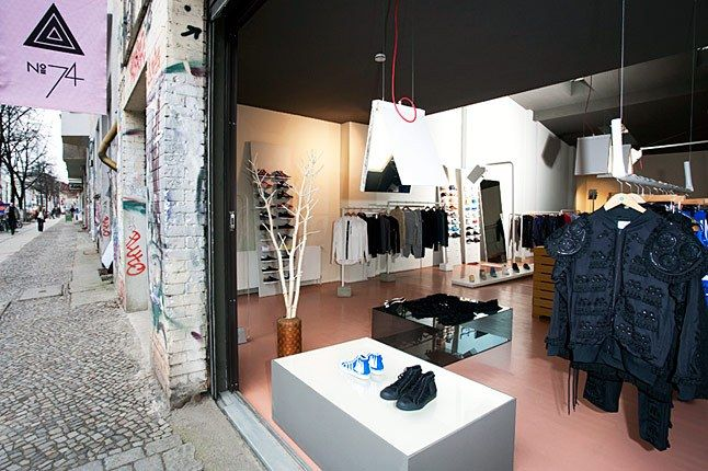 Store 4 1