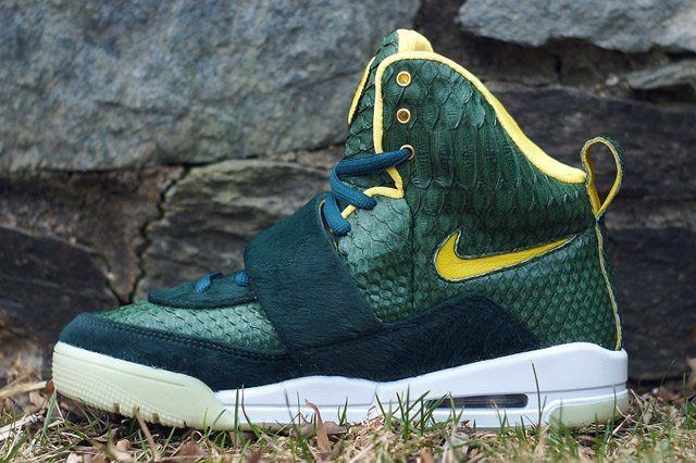 Nike Yeezy 1 Oregon Ducks 1