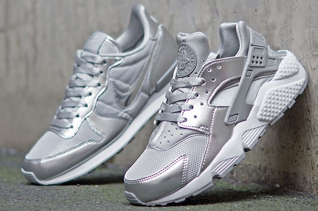 Nike Wmns Silver Pack 5
