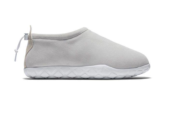 Nike Air Moc Ultra Off White Black 1