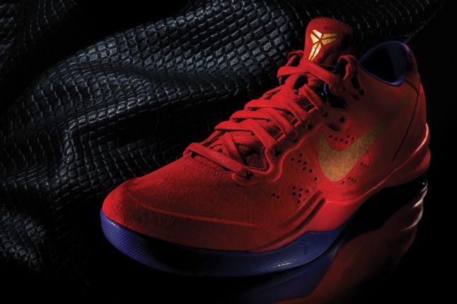 Nike Kobe 8 Ext Red Yots Three Quater 1