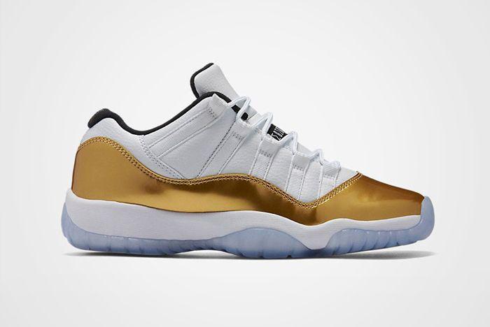 Air Jordan 11 Low Metallic Gold 1