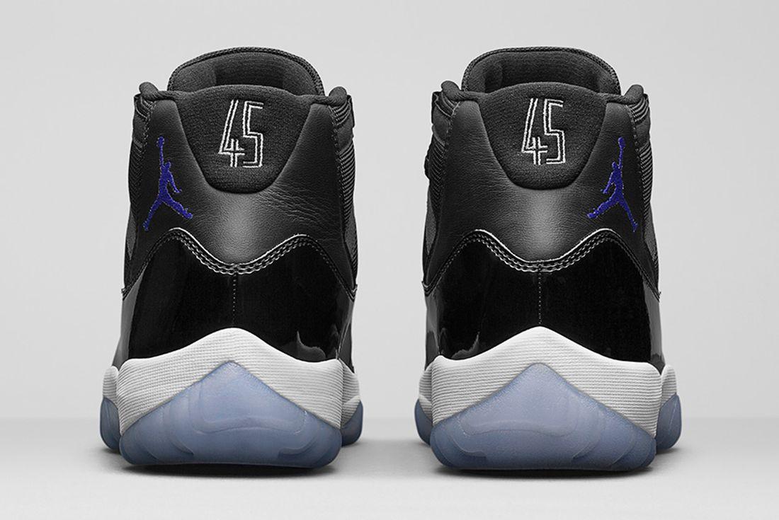Air Jordan 11 Space Jam 4