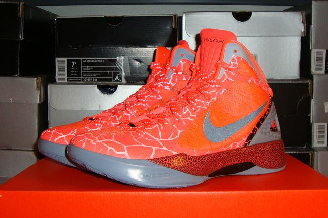 Rebecca Dahms Wmns Basketball Collection Nike Air Hyperdunk 2011 Blake Griffin 1