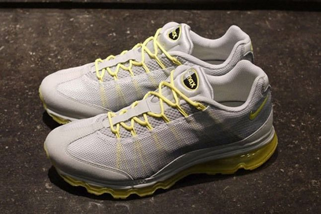 Nike Wmns Air Max 95 Dynamic Flywire Yellow Grey Pair 1