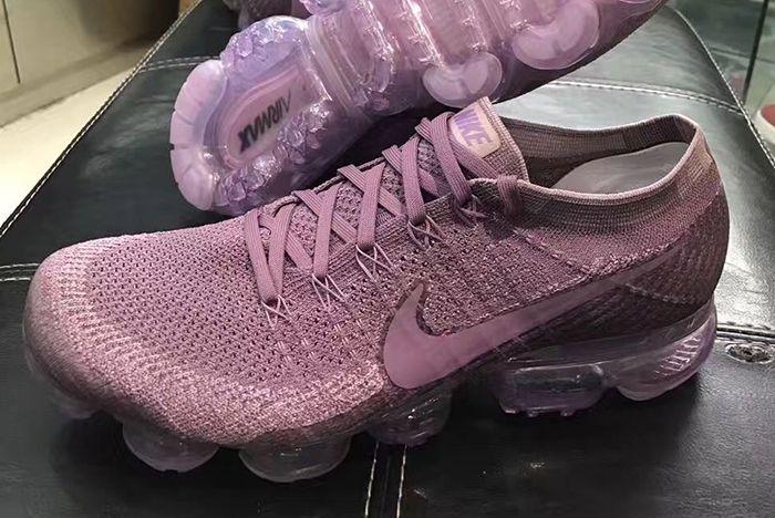 Nike Air Vapormax Grape 1