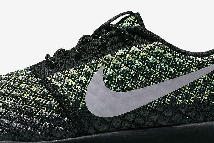 Nike Roshe Two Flyknit Volt 1