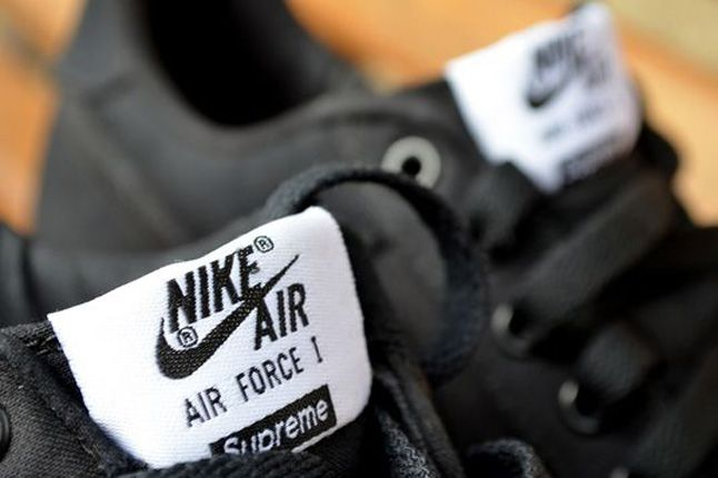 Nike Air Force 1 Supreme Tongue 1