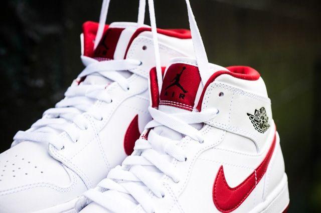 Air Jordan 1 Mid White Gym Red 2