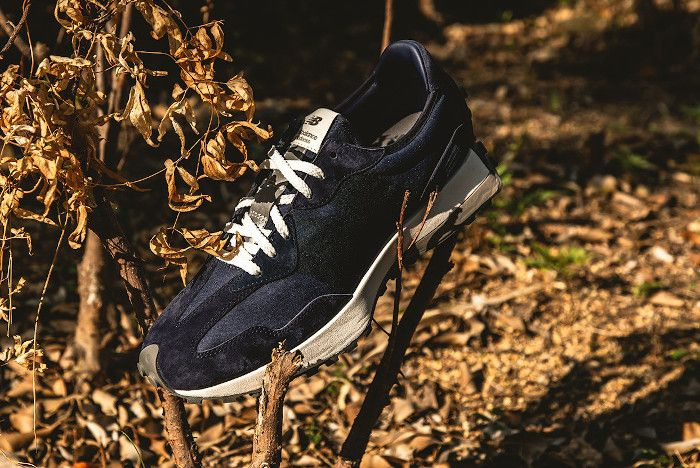 Madness New Balance 327 Navy Front