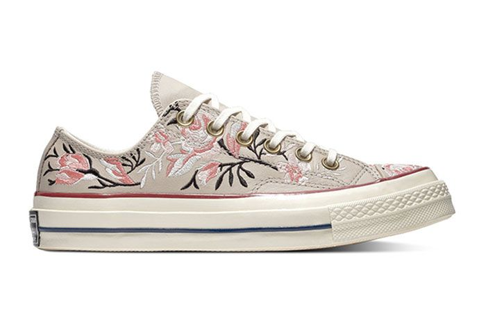 Chuck Taylor 70 Converse Flowers 1