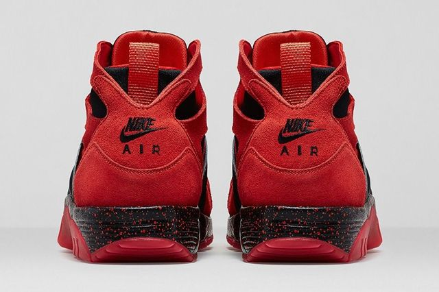 Nike Air Trainer Huarache Challenge Red Bumperoo 2